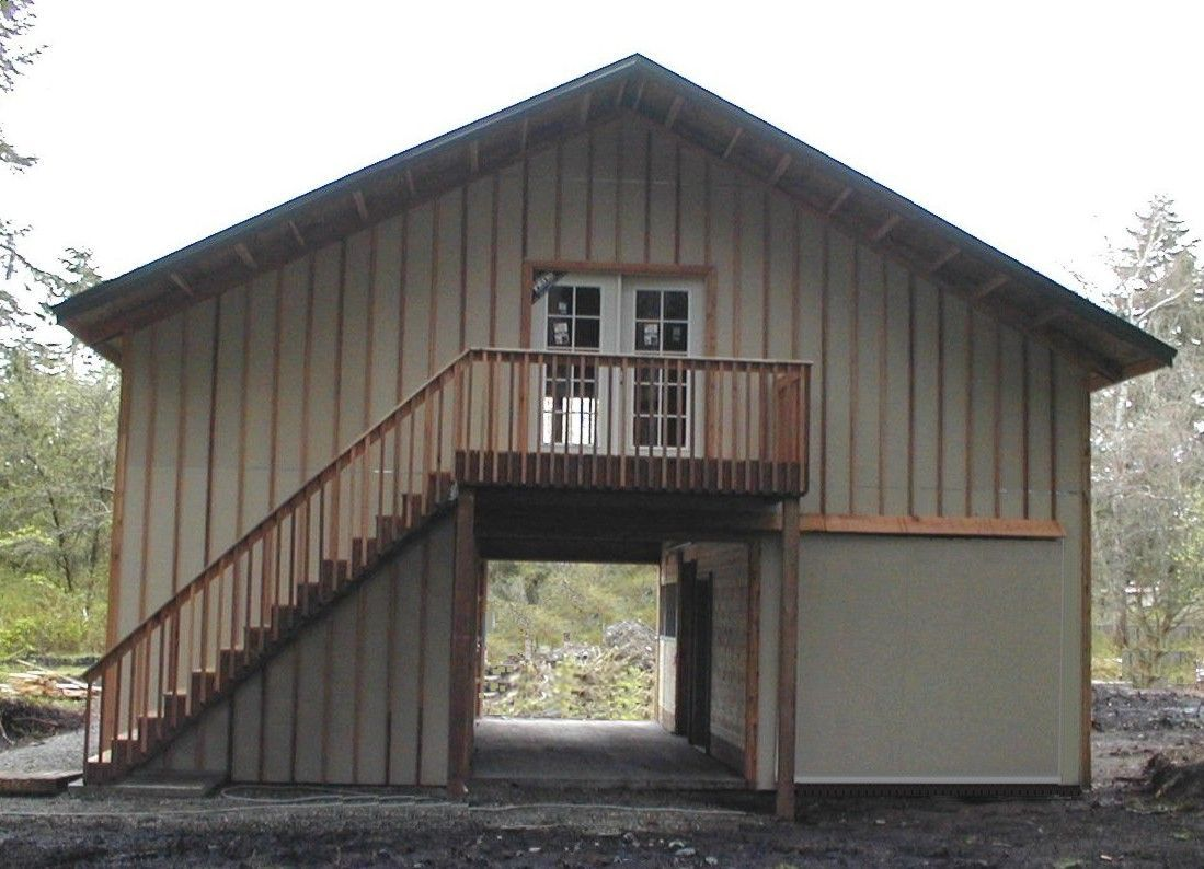 Pole Barn With Apartment