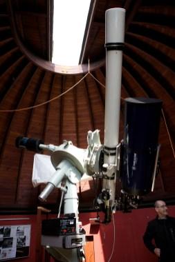 Herzstück der Sternwarte: Linsen- und Spiegelteleskop