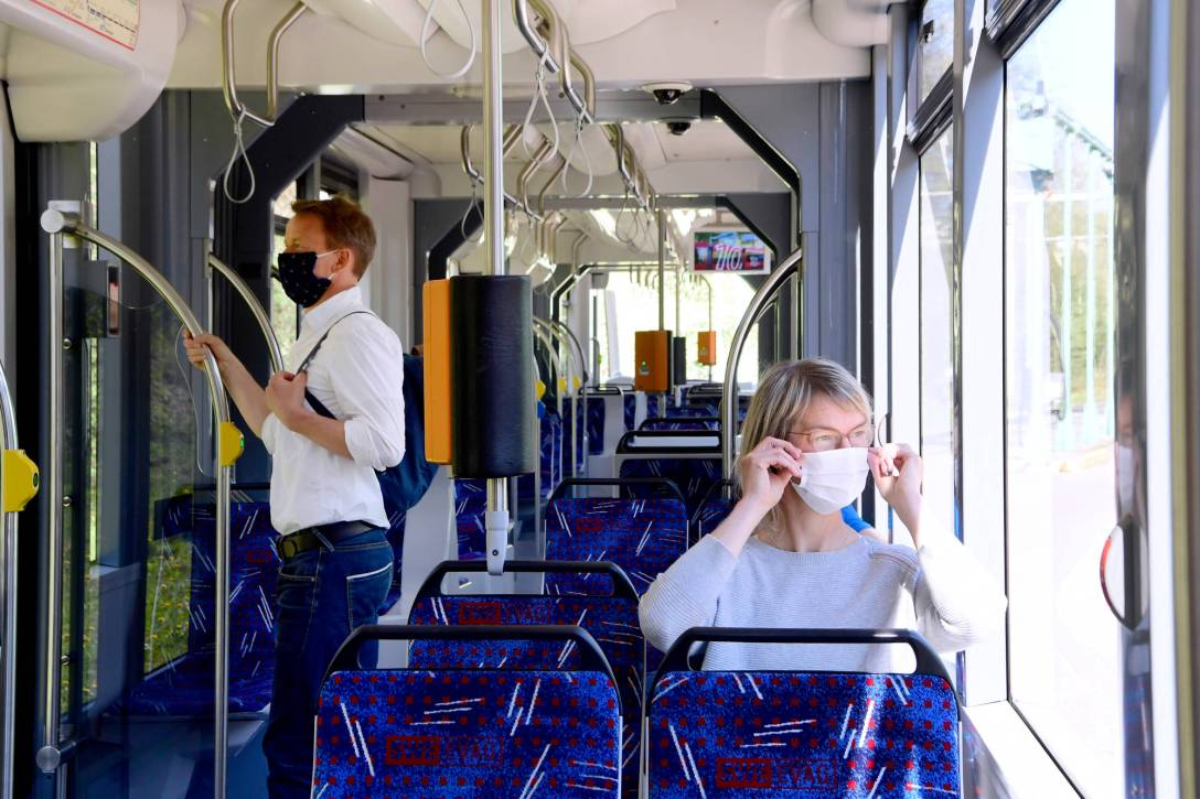 006_EVAG_Mundschutz_Straßenbahn_Bus_