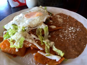alma-y-manny-chilaquiles