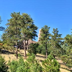 Castle Ruins in Colorado: A Great Hike in Morrison