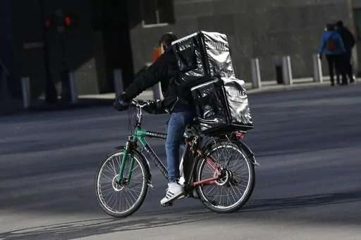 Electric bike crackdown spurs delivery worker concern