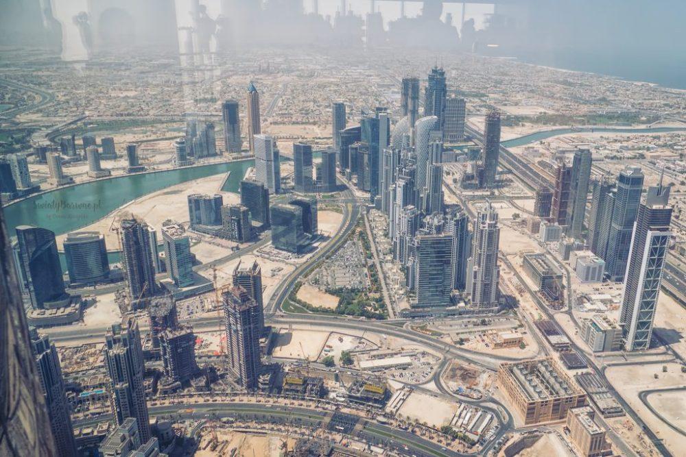 Widok z Burj Khalifa na miasto