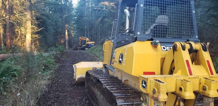 making a gravel driveway