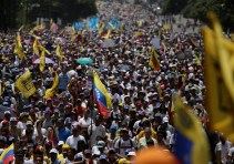 """Demonstrators rally during the so-called """"mother of all marches"""" against Venezuela's President Nicolas Maduro in Caracas, Venezuela, on April 19, 2017. (Photo: Marco Bello / Reuters)"""