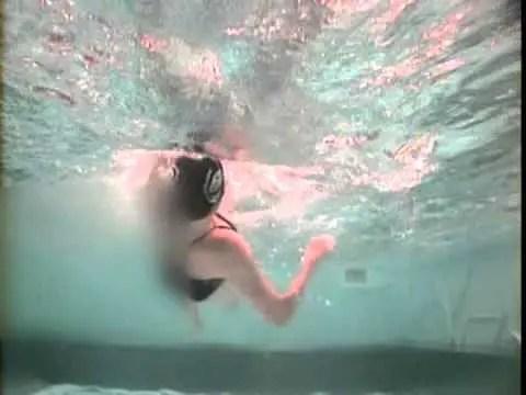 背泳ぎのキャッチを上手くなる為にイメトレをしよう