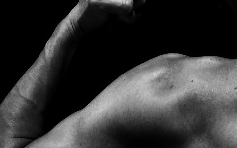 水泳で鍛えられる筋肉の部位、発達する筋肉の一覧・鍛え方など