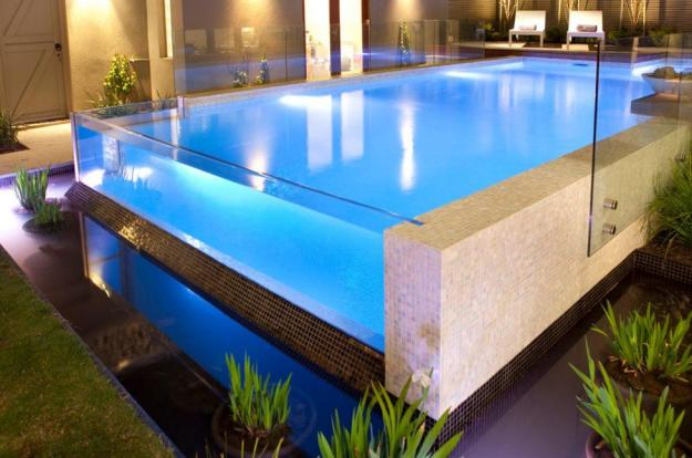 Acrylic swimming pool construction companies in Nigeria