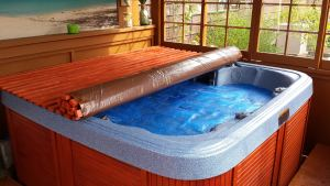 Wooden Roll Up Jacuzzi Cover