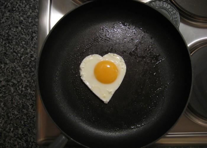 hearty-egg-julian-burgess