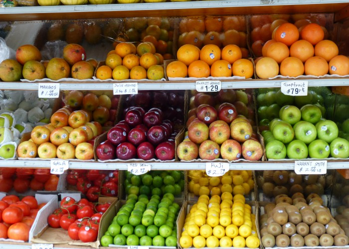 fruit-grocery-mike-licht