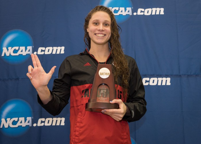 2016.03.18 2016 Womens NCAA Swimming Championships_Louisville Mallory Comerford