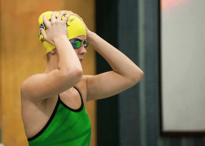 vermont-uvm-swimmer-focus-race