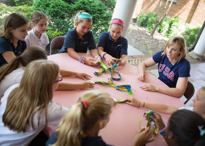 Katie_Ledecky_and_students-3