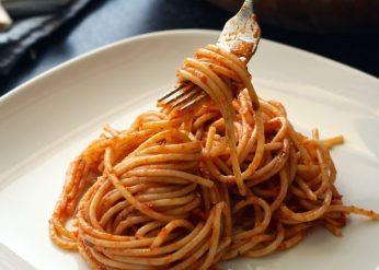 pasta-spaghetti-food-swimmers