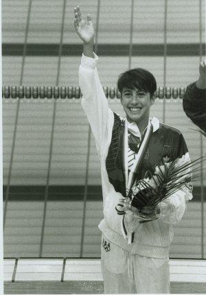 Janet-Evans-podium