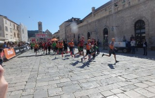 SwimRun Hvar - Start zum Sprint