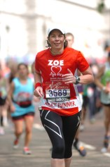 Running down The Mall, 200m to the finish
