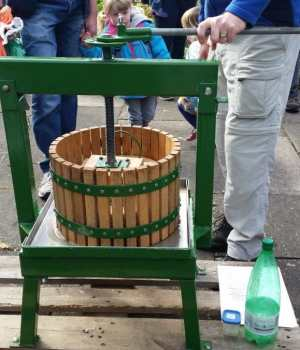 an apple press