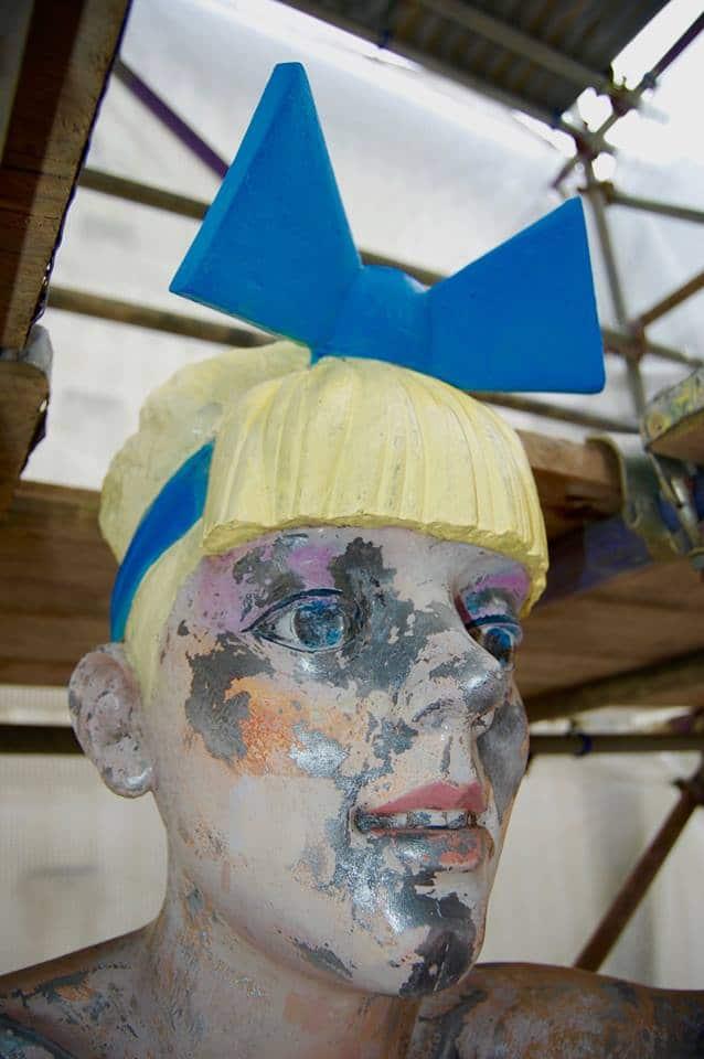 Blondini female face side