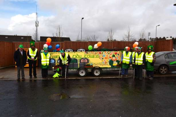 "Kevin, Dougie, Deirdre, ""Tiny"", Terry, Carmel, Rose, Tom & Alan with the Tidy Towns float."