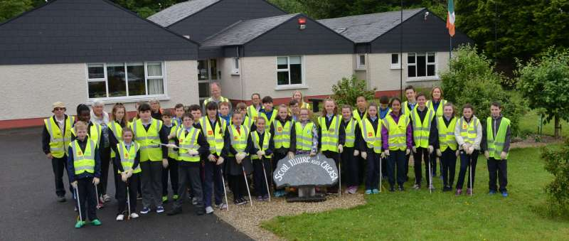 Scoil Muire agus Treasa national school litter pick with Swinford tidy towns.