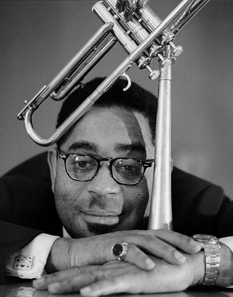 """""""U.M.M.G"""" (1960) Music of Billy Strayhorn – Dizzy Gillespie with Clare Fischer"""