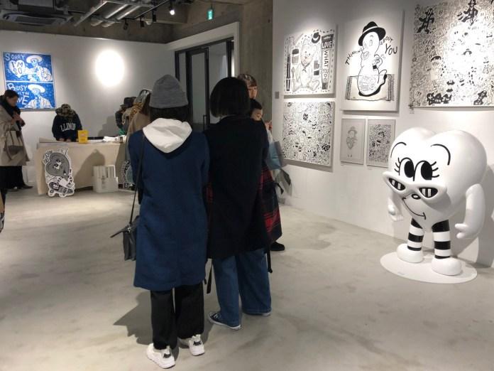 会場のようす:Chocomoo 活動10周年を記念した個展「BUSY WITH LOVE」