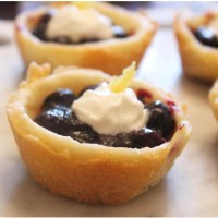 Mini Blueberry Cookie Pies