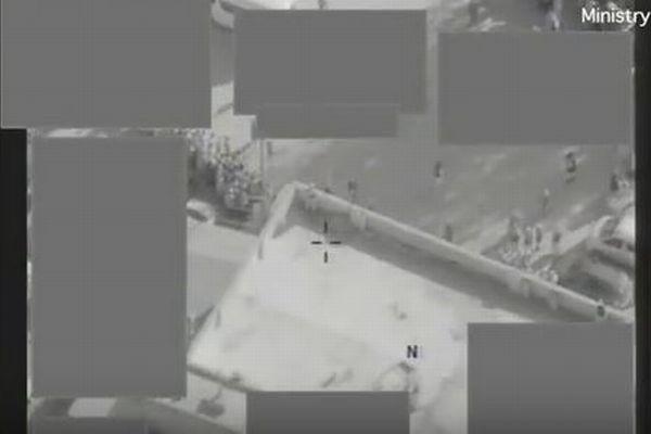 ISISの公開処刑を食い止めるためドローンが空爆、英国防省が動画を公開