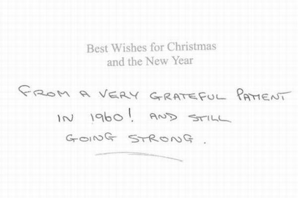 英の病院に57年間、毎年届けられる匿名のクリスマスカードが謎すぎる!