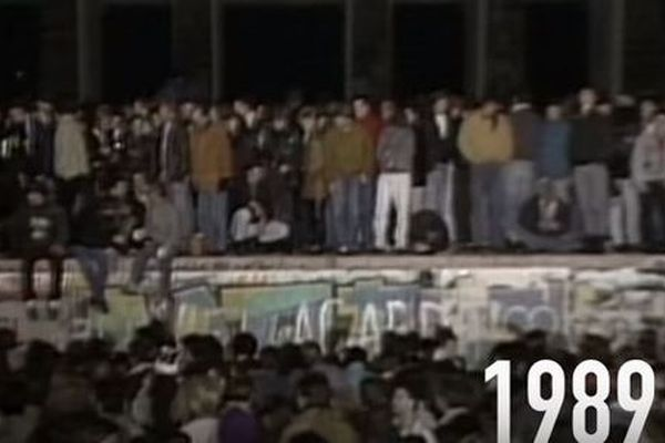 ベルリンの壁が崩壊から1万日以上に到達、分断されていた日数を越える