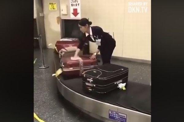 日本の空港職員のサービスが良すぎてショッキング、海外メディアが報じる