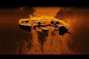 マレーシア機の捜索中、偶然140年前に謎の失踪を遂げた沈没船を2隻発見