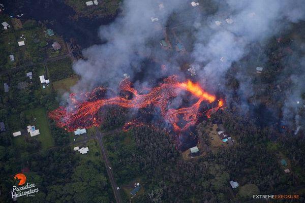 【キラウエア火山噴火】ヘリから撮影された、溶岩の新たな動画が恐ろしい