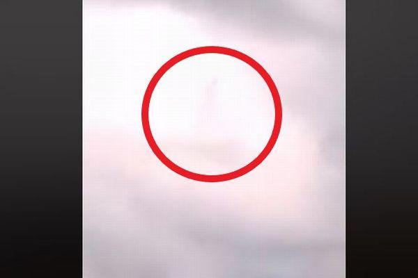 雲の中に人の姿が!?まるで歩いていくような不思議な映像が撮影される