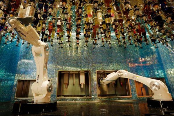 すでにロボットが人の仕事を奪っている!未来を予測した研究結果が衝撃的