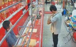 タイの宝石店でネックレスをつけて逃走しようとした犯人、意外な展開で御用