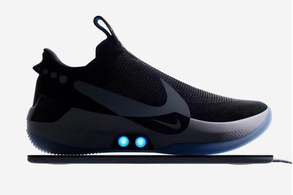 映画に登場したような靴が現実に!ナイキが自動でフィットするシューズを2月に発売