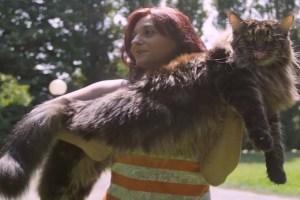 なんと体長は120cm!世界一「長い」ネコがギネスに認定