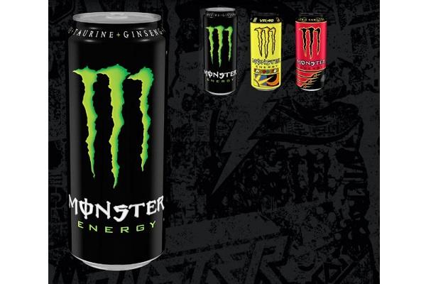 一日6缶ものエナジードリンクを飲み続けた男性、前歯が腐り折れてしまう
