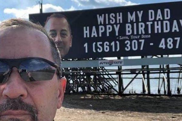 誕生日に見知らぬ人から「おめでとう!」、男性が1万件の電話を受け取る