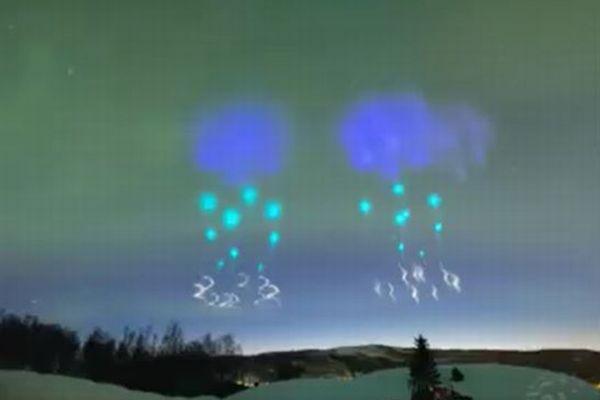 フィンランド上空に不思議な色の雲が出現、奇妙すぎて住民らが震えあがる