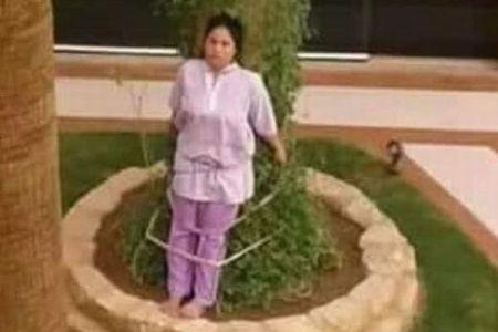 サウジで使用人のフィリピン人女性が、罰として雇い主により木に縛りつけられる