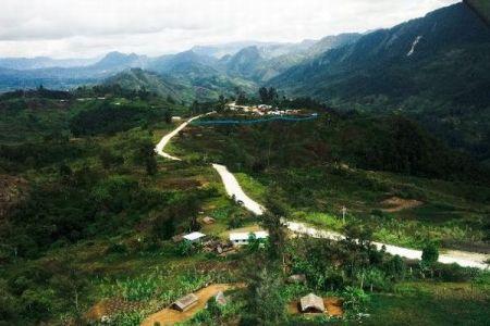 パプアニューギニアで大量虐殺、20人以上を惨殺した原因は部族間抗争か