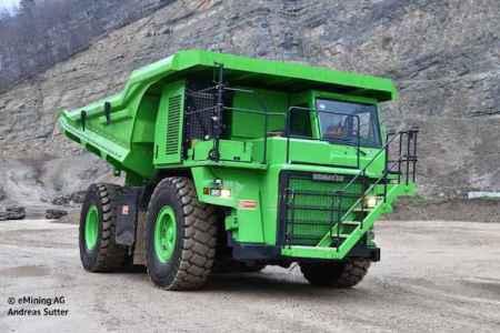 世界最大の電気自動車は110トンのダンプカー、しかも充電の必要なし