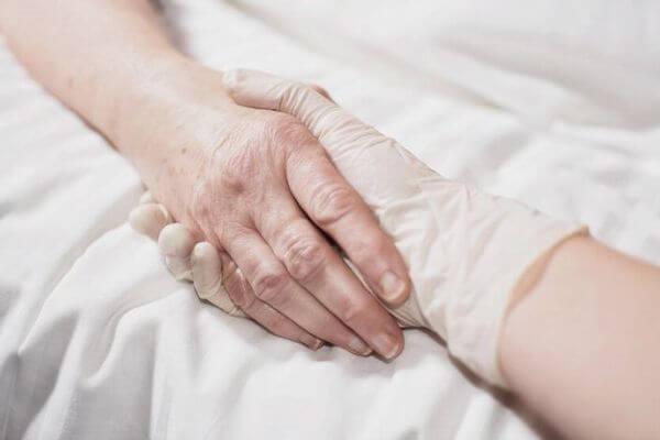 NZの議会が安楽死の法案を可決、来年に国民投票を実施へ