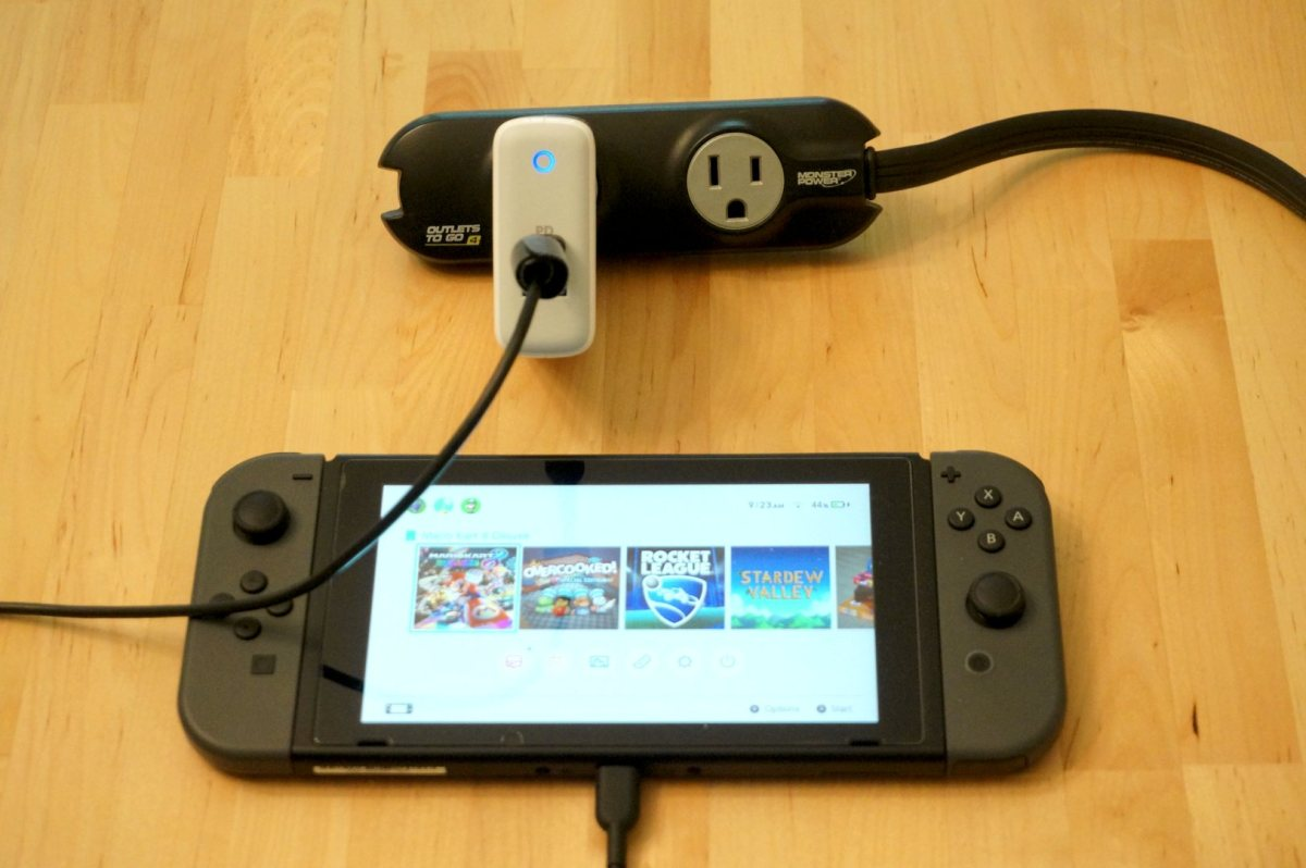 Anker PowerPort II with Nintendo Switch