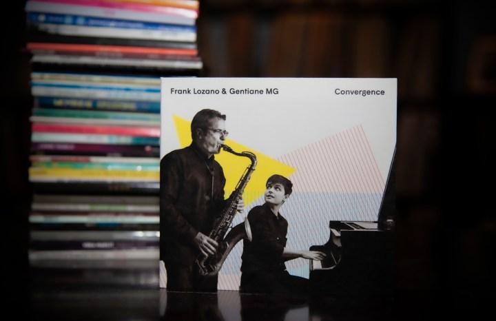 Frank Lozano & Gentiane MG - Convergence AlbumPhoto by JFHayeur from https://www.flickr.com/photos/jeanfrancoishayeur/49833179781/