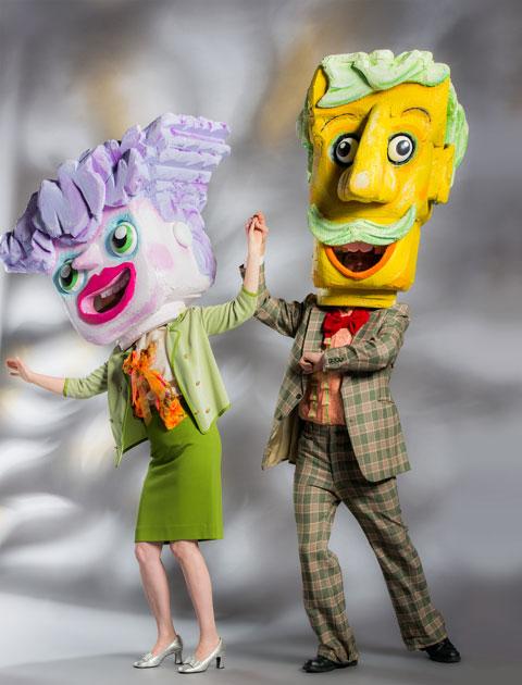 artist-philanthropist-STRUTT-full-costume-480px